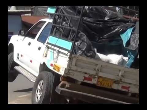 Por impericia de conductor camioneta termina en cuneta en Morales