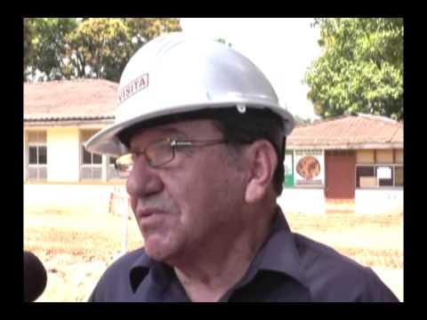 Presidente de la región inspecciona construcción del hospital tarapotino