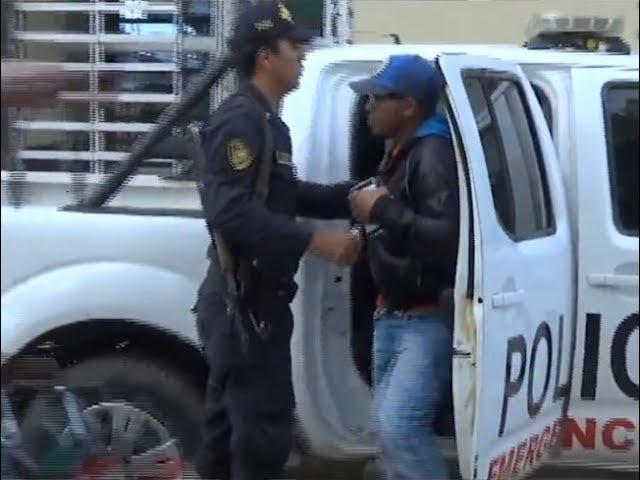 Colombiano propina golpiza a hombre por no pagar deuda
