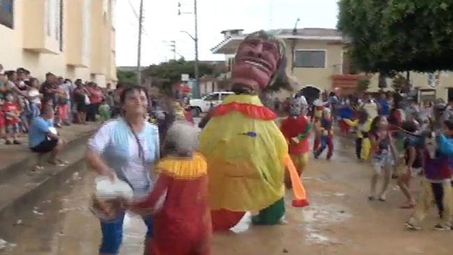 Inician juegos de carnaval en la ciudad de Lamas