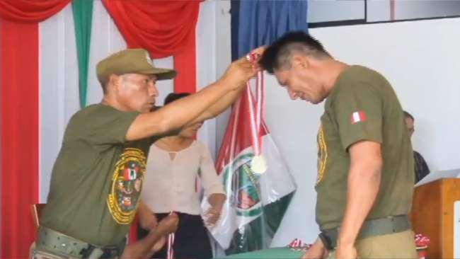 Condecoran a licenciados del ejercito  quienes lucharon contra el terrorismo