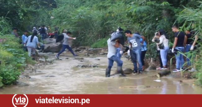 Realizan jornada de limpieza en la quebrada Choclino en el día mundial del agua