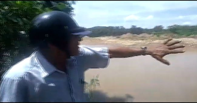 Extracción de cantera afecta  viviendas en Tres de Octubre