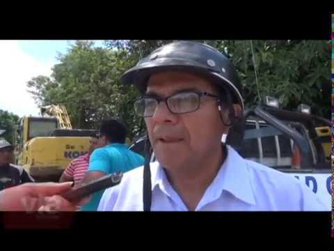 Funcionarios municipales tratan de persuadir medida de fuerza de vecinos de Santa Elena