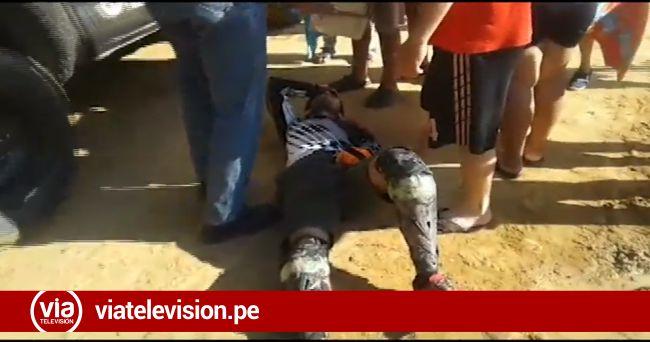 Joven resulta con fracturas al impactar su bicicleta con vehículo estacionado