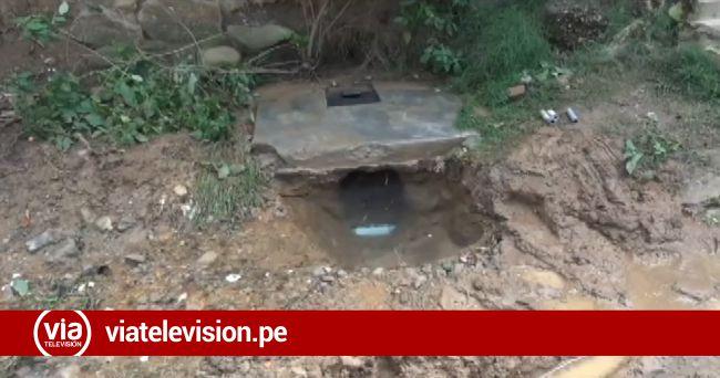 Desde hace cuatro días ruptura de tubería afecta a vecinos del pasaje 17 de agosto