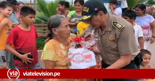Día de la madre: Comisario de Tarapoto sorprende a madres trabajadoras