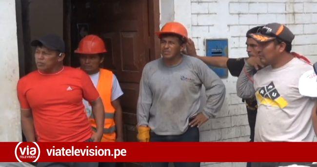 Obreros que laboran en construcción de local de Emapa reclaman pago de haberes