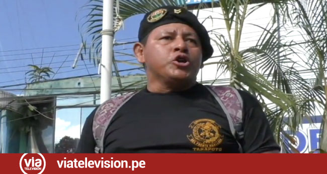 Licenciados se movilizaron por las calles exigiendo atención del gobierno