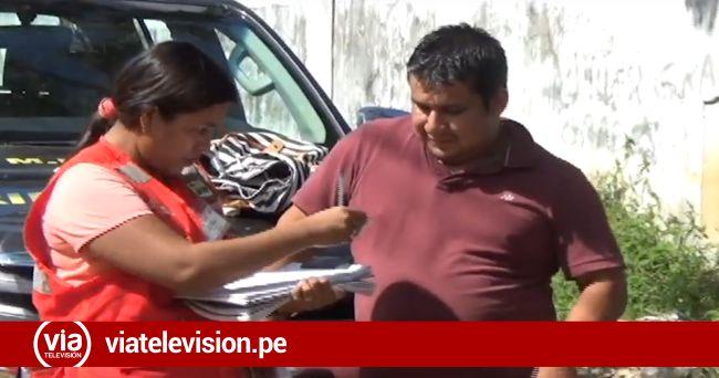 Multan a conductor de vehículo por contaminar canal de riego