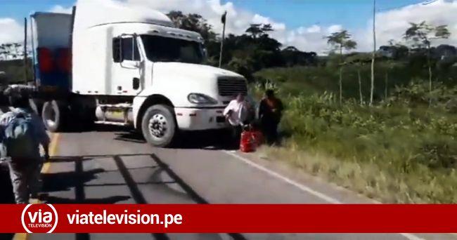 Moyobamba: Director de Provías se reúnen con pobladores que bloquearon carretera