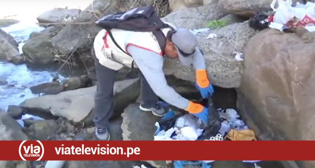 Personas inescrupulosas arrojan desperdicios clínicos en la ribera del río Shilcayo