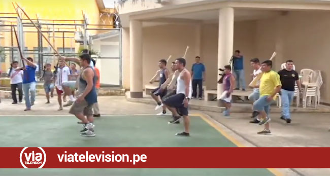 Internos preparan desfile cívico en  interior del penal de Sananguillo
