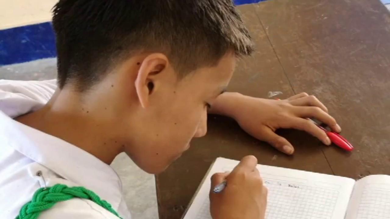 Premio Nobel Mario Vargas Llosa responde mensaje de niño de la provincia El Dorado