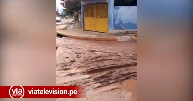 Torrencial lluvia causa estragos en varias calles y viviendas