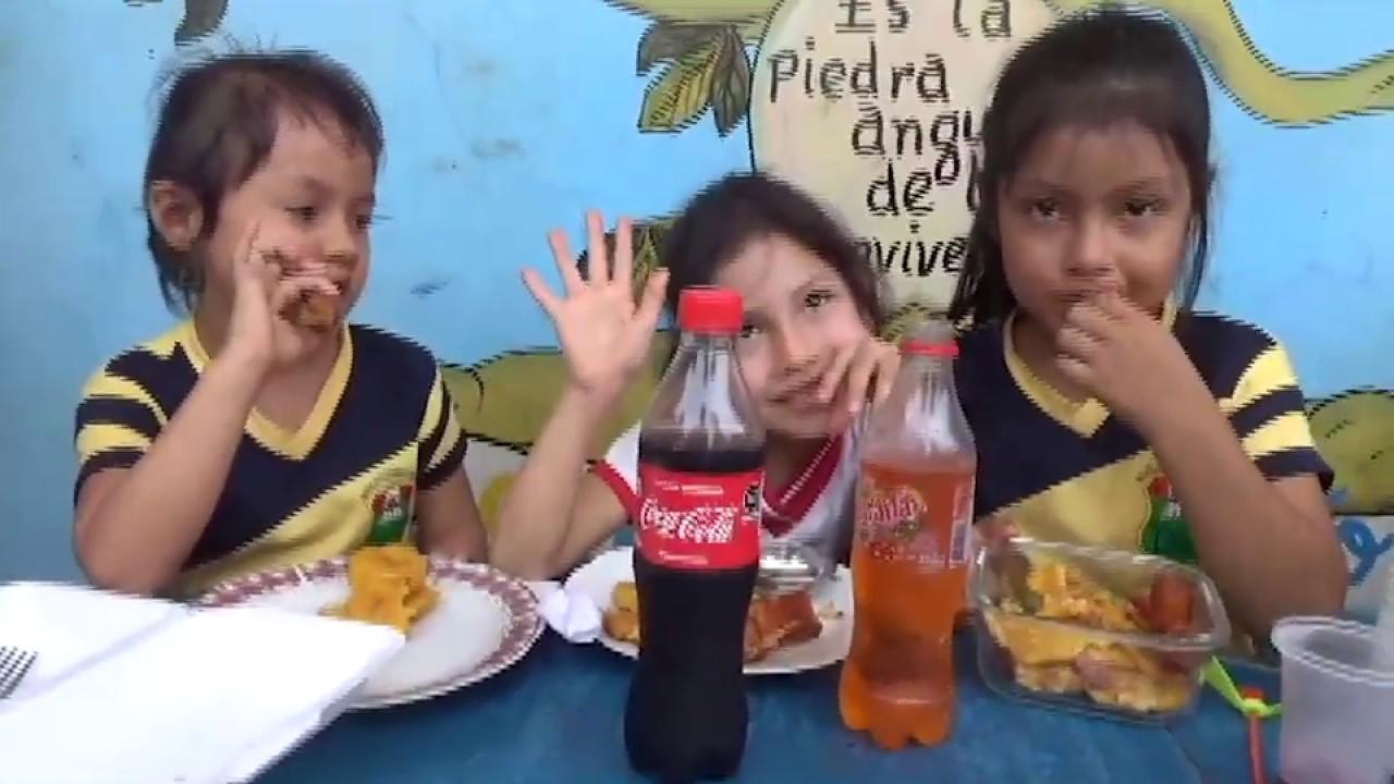 Por aniversario realizan festival  gastronómico en I.E. Miguel Chuquisengo Ramírez