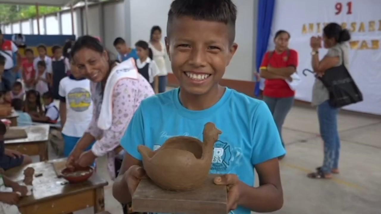 Chazuta: promueven arte de tejido  y cerámica en I.E. 101
