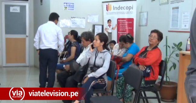 Personal de Indecopi viene empadronando a pasajeros de Peruvian
