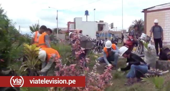 Alumnos de la UCV realizan limpieza de la ribera del Río Shilcayo