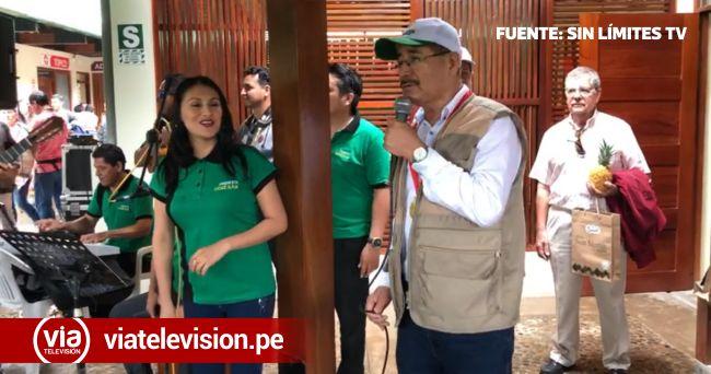 Gobernador Regional de San Martín, en su faceta de cantante