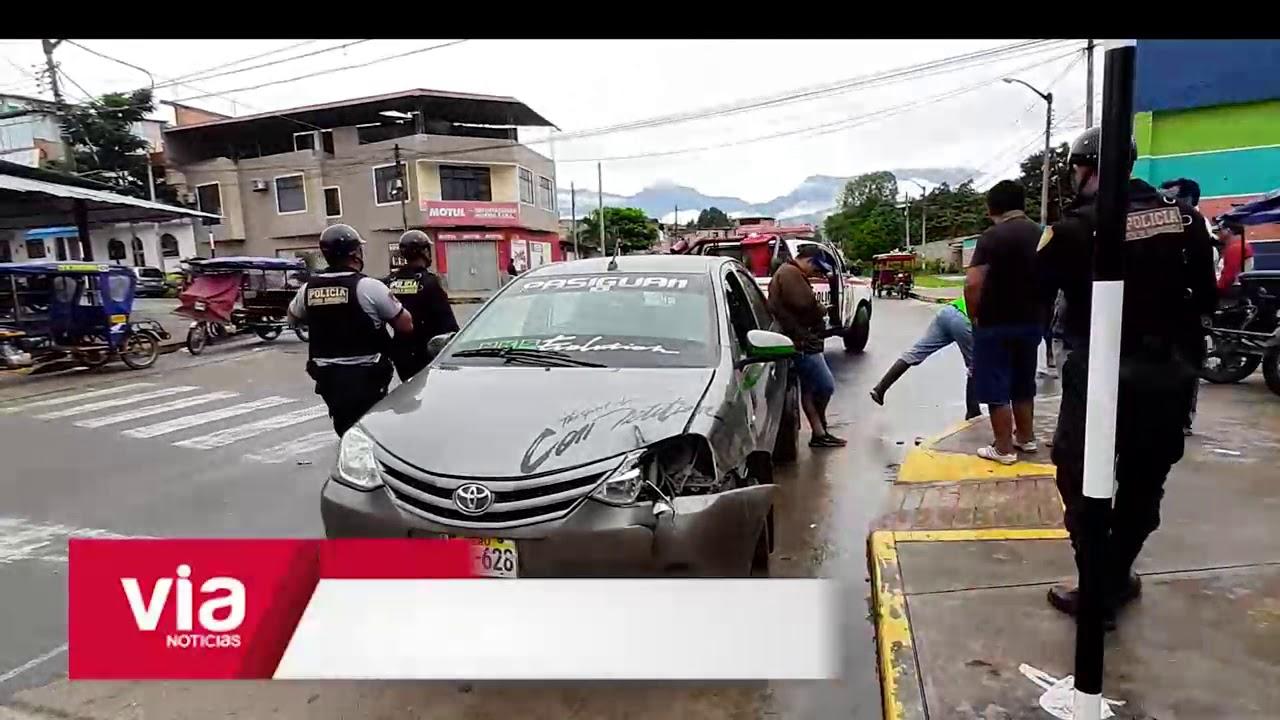 Choque de motocar y auto deja un herido en urb. Túpac Amaru