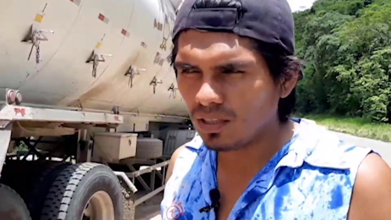 Policía recupera 32 toneladas de alimento para aves de corral robados en asalto
