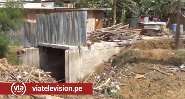 Realizan construcción sobre la quebrada Punta Raquina