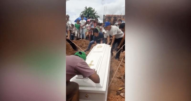 Rioja: sepultan a mujer que murió con graves quemaduras en su cuerpo