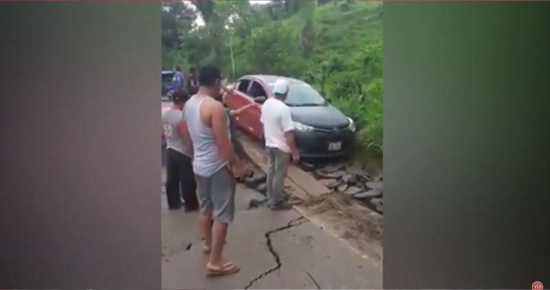 Sisa: transportistas pasaron la zona de hundimiento colocando tablas