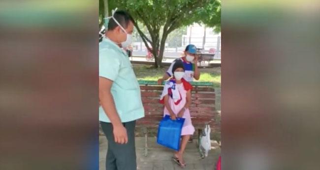 Mujer que fue dada de alta en hospital fue trasladada a su domicilio por la PNP
