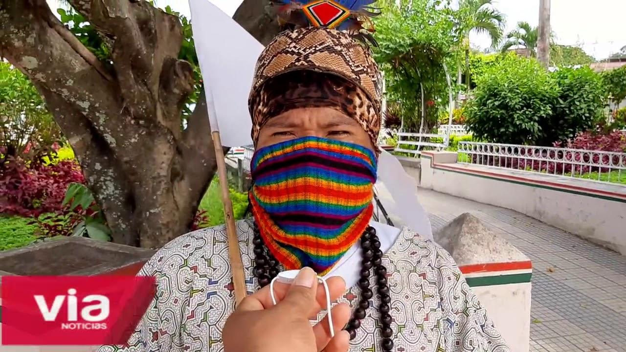 Joven asháninka varado en La Banda de Shilcayo recibe apoyo de la PNP
