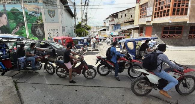 Tarapoto: congestionamiento vehicular  en el primer día de reactivación de actividades