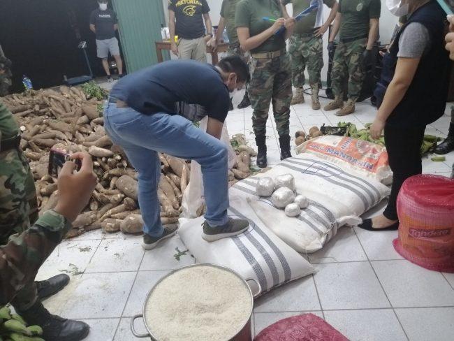Transportaban 31 kg de pasta básica de cocaína camuflados con yuca