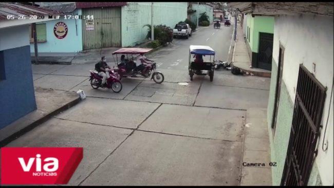 Tarapoto: cámara de video vigilancia registra  fuerte accidente de tránsito