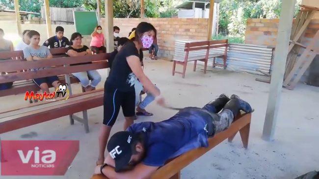 Tocache: madre propina latigazos a su hijo involucrado en un hecho delictivo