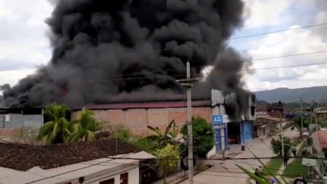 Incendio que dejó cuantiosas pérdidas materiales causó alarma Picota