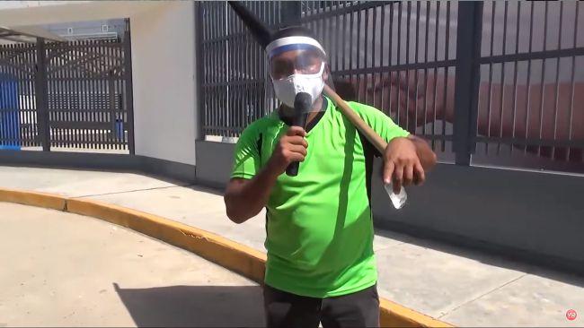Continúa delicado de salud el deportista y activista social Carlín Castillo