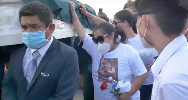 """Decenas de personas dieron último adiós a """"Tulín Trigozo"""" de Sonido 2000"""