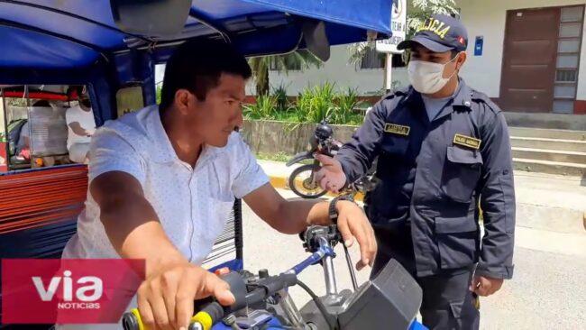 Intervienen a sujeto aparentemente ebrio conduciendo una mototaxi