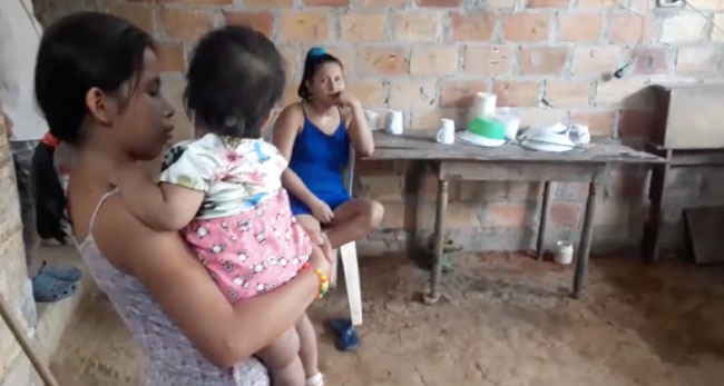 Mujer necesita apoyo para su hija que nació con paladar hendido