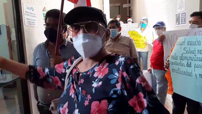 Familiar de policía reclama que  la Sanidad Policial no los atendió oportunamente