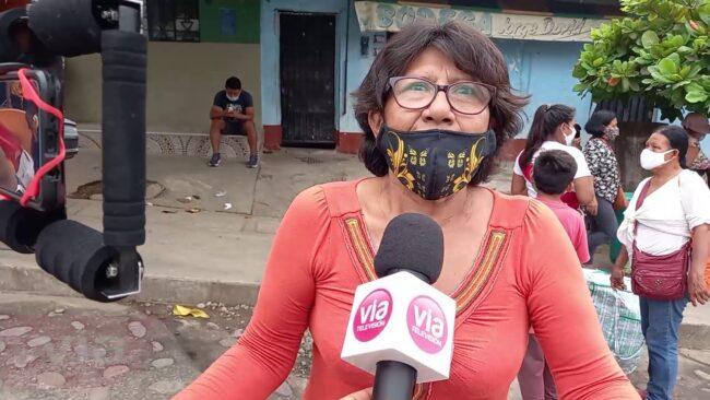 Desalojan a comerciantes ambulantes de calles del barrio Comercio