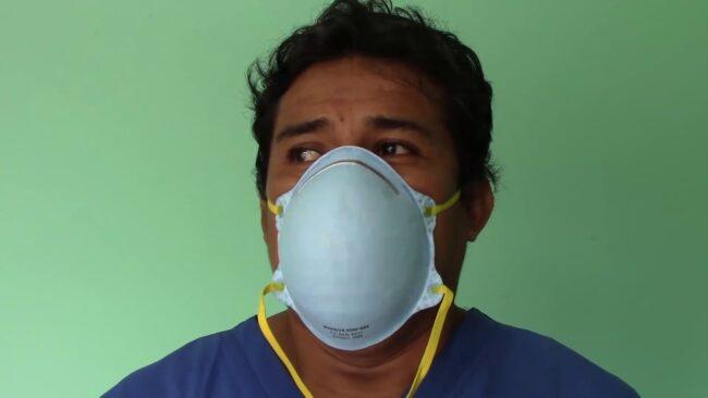 Trabajadores del centro de salud de Morales acatan segundo día de huelga
