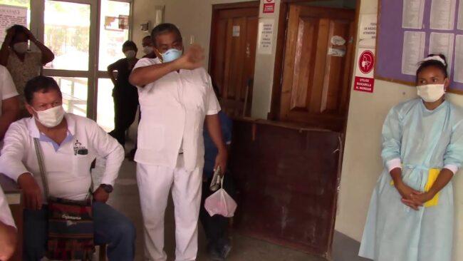 Trabajadores del centro de salud de Morales anuncian huelga indefinida
