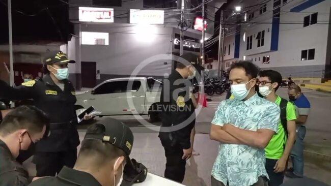 Tarapoto: infractor al toque de queda   lanza improperios contra policías