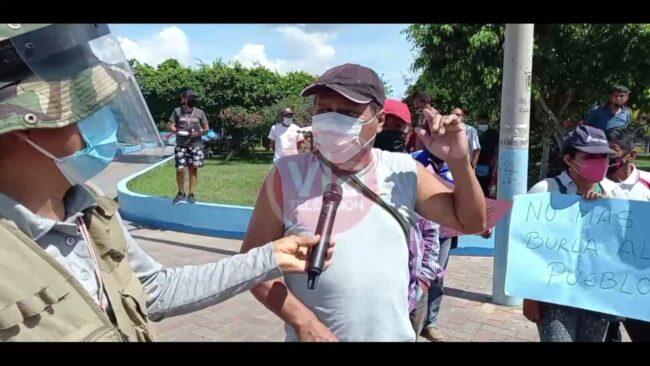Bellavista: pobladores se mantienen en pie  de lucha en el frontis de la municipalidad