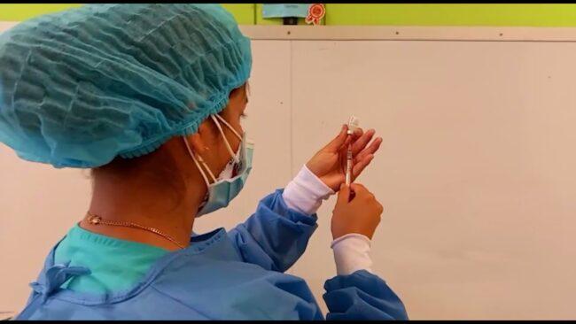 Tarapoto: inicia jornada de vacunación contra la covid-19 para adultos de 40 a 49 años