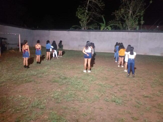 """40 menores en plena """"juerga Covid"""", tomando trago y bailando perreo a ritmo de """"pepas"""""""
